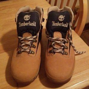 NWOT Women's Timberland Boots